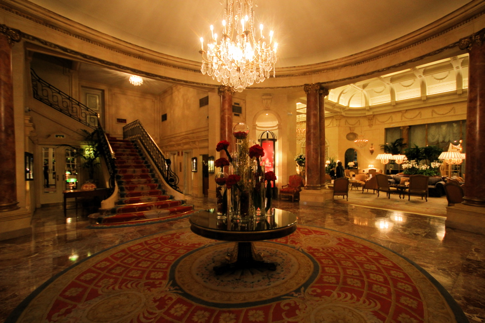 Hotel ritz madrid review places to go for luxury holidays for Top luxury hotels